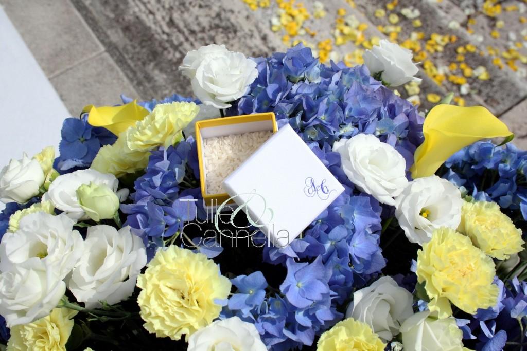Azzurro fiordaliso e giallo brillante per il Matrimonio di Antonio e Concetta