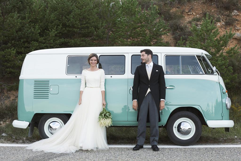 Il Pulmino Volkswagen, romantico e originale al punto giusto, è la soluzione ideale per molte coppie di sposi - magnoliarouge.com