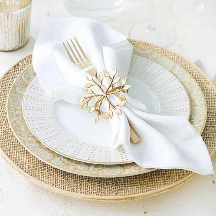 tavola di capodanno spilla oro