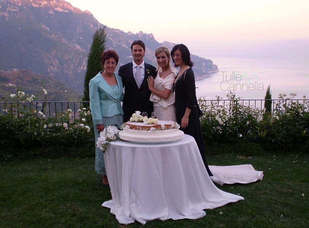 Uno dei primi matrimoni firmati Tulle & Cannella, con un bellissimo gateau mariage con panna e meringa - tullecannella.it