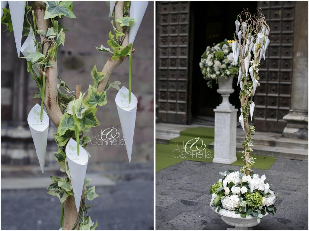 Ecco il bellissimo albero pieno di coni portariso creato per il Matrimonio a tema Ginkgo Biloba