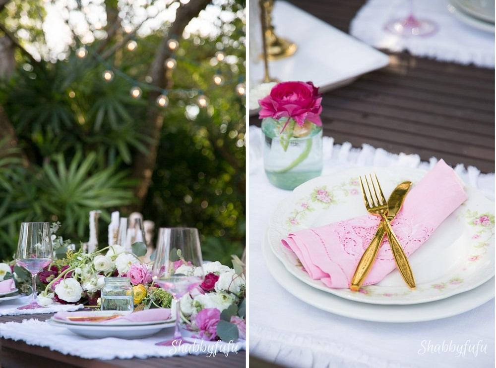 una tavola primaverile apparecchiata direttamente sul tavolo di legno - shabbyfufu.com