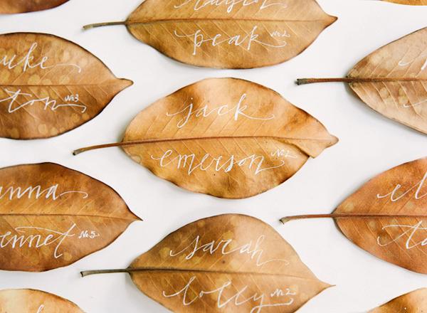 escort card preziose... per un autumn wedding dai dettagli gold