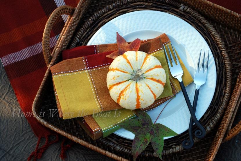 Dettagli utili sia per un picnic che per una mise en place dal sapore country