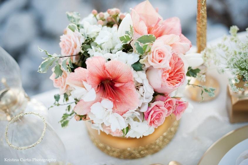 Bianco, Oro e Living Coral e il matrimonio sarà super glam - Kristina Curtis Photography