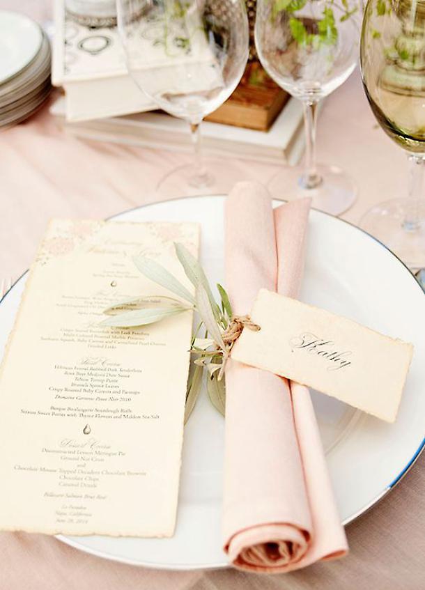 tavola-di-pasqua-rosa