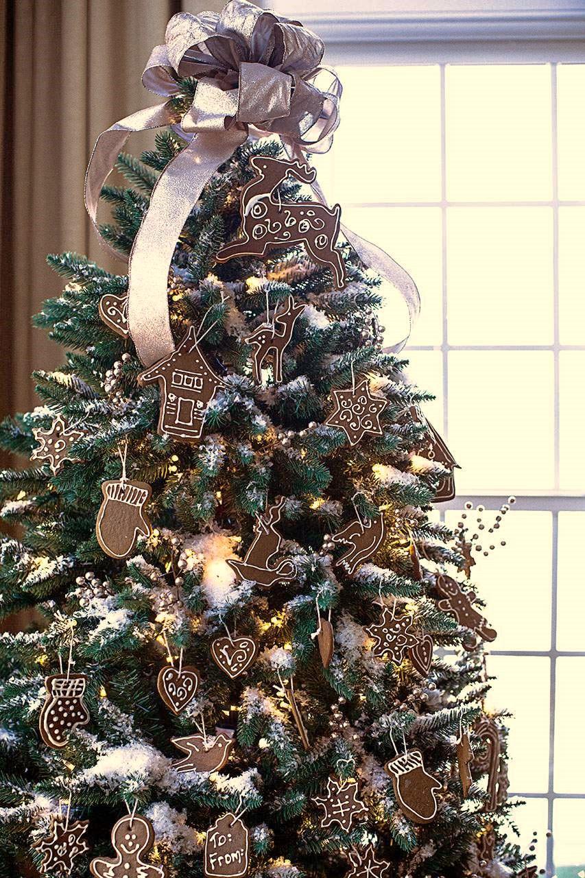 albero di natale gingerbread celebrate creativity