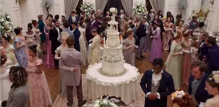 Bridgerton wedding cake Netflix
